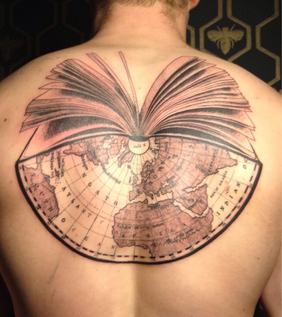 47Ywl6Y 911x1024 - Book Tattoos